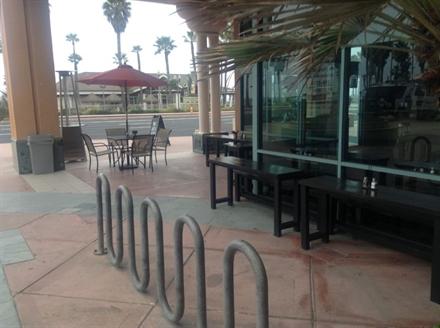 Burger Restaurant in the Heart of Huntington Beach